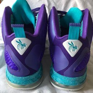 Nike Shoes - Lebron 9 Summit Lake Hornets Basketball size 14